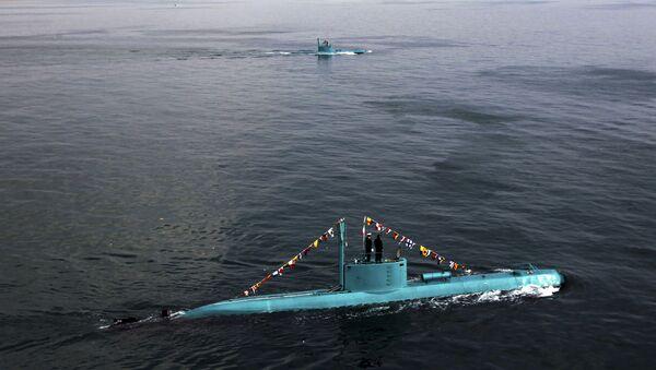 Íránské ponorky v Perském zálivu - Sputnik Česká republika