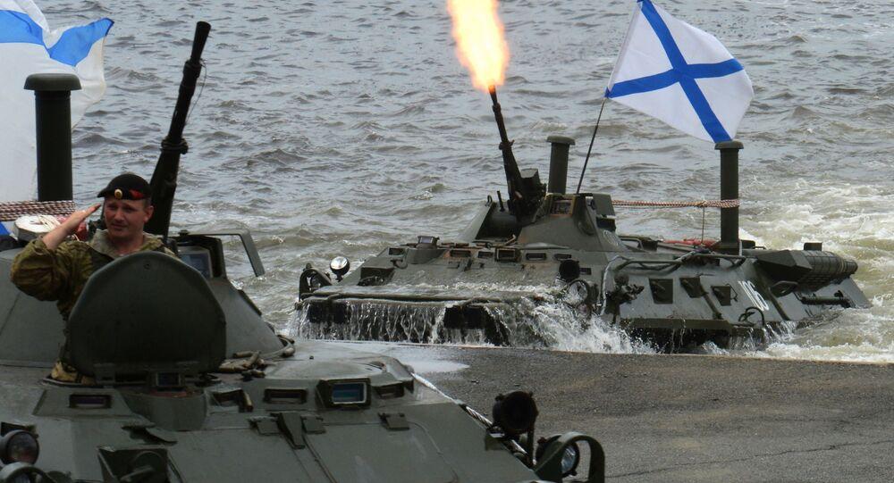 Přehlídka ke Dni námořnictva RF v Petrohradě