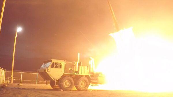 USA provedly testy protiletadlového raketového kompletu THAAD - Sputnik Česká republika