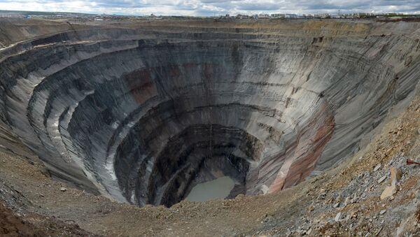 Důl Mir společnosti Alrosa - Sputnik Česká republika