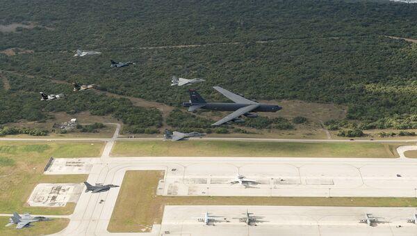 Americká letecká základna Andersen na ostrově Guam - Sputnik Česká republika