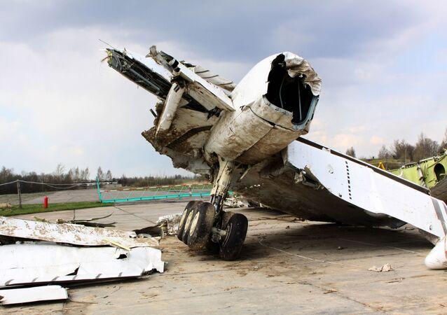 Trosky letounu Tu-154, který havaroval nedaleko Smolensku
