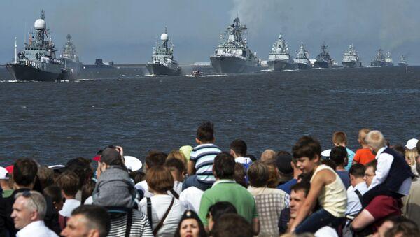 Lodě ruského námořnictva během vojenské přehlídky - Sputnik Česká republika