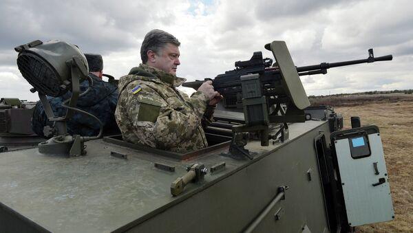 Britský obrněný vůz Saxon - Sputnik Česká republika