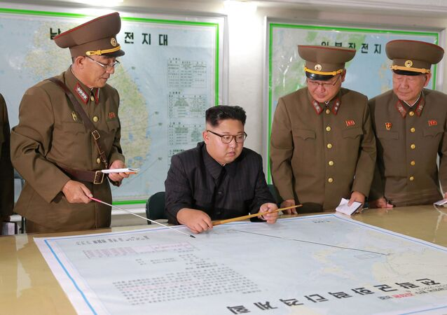 Kim Čong-un proti Guamu