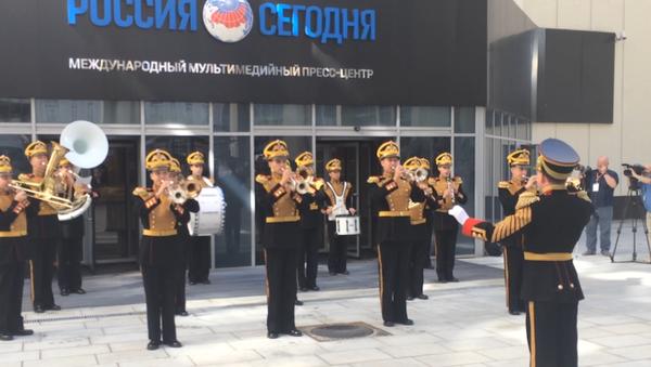 Vystoupení vojenského orchestru Ministerstva obrany RF v agentuře Rossija Segodnia - Sputnik Česká republika