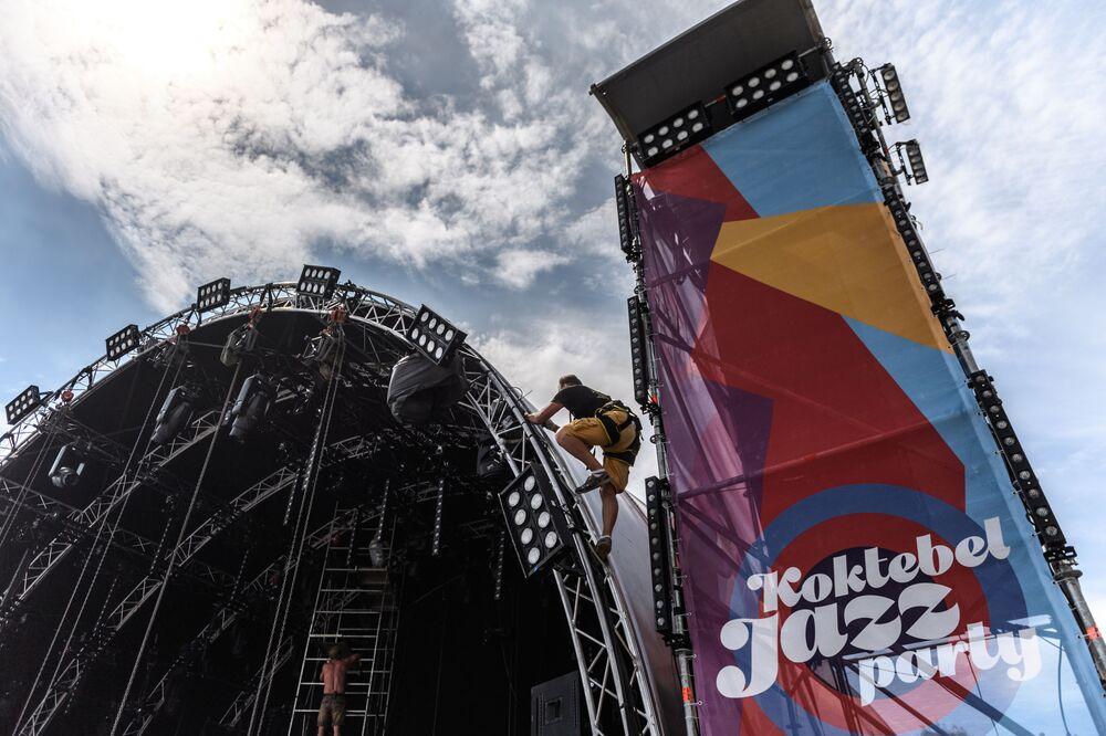 Příprava k festivalu Koktebel Jazz Party