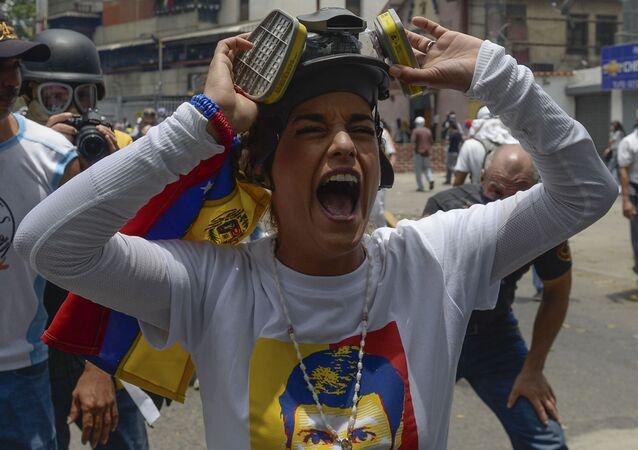 Protivládní protesty v Caracasu