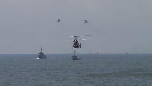 Letecké útoky a výsadek námořní pěchoty Baltské flotily - Sputnik Česká republika