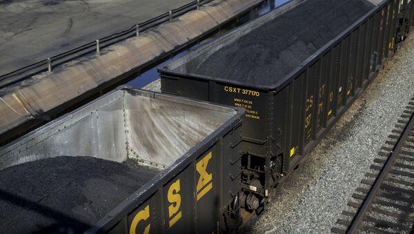 Kontejnery s americkým uhlím - Sputnik Česká republika