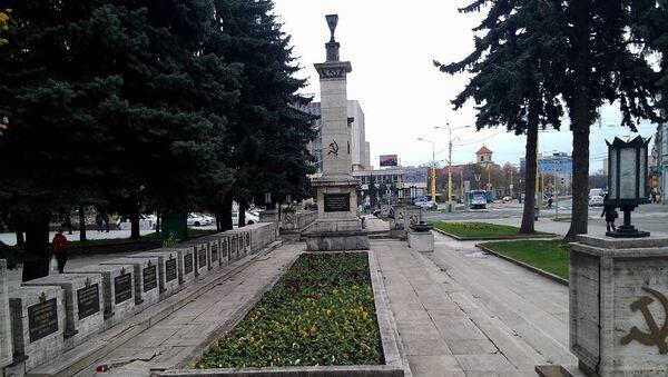 Pomník sovětským vojákům v Košicích - Sputnik Česká republika