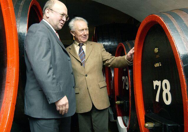 Vladimír Remek a Sigmund Jaehn