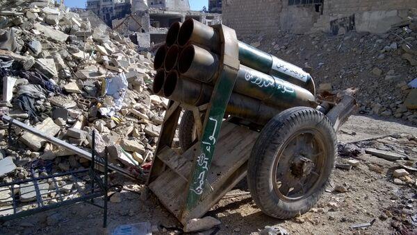Dělo ozbrojenců v osvobozené čtvrti v Aleppu - Sputnik Česká republika