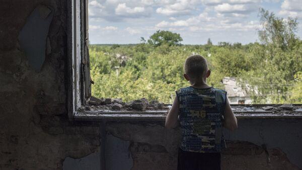 Škola, která se stala útočištěm pro obyvatele Horlovky - Sputnik Česká republika