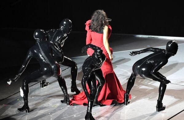 Vyzývavé šaty a riskantní výstupy na MTV Video Music Awards - Sputnik Česká republika