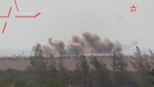Je zveřejněno video útoku Nočního lovce na bojovníky IS v Sýrii - Sputnik Česká republika