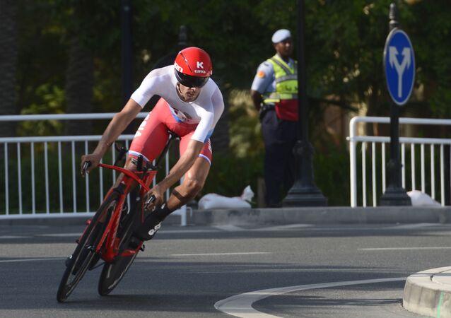 Ruský cyklista Maxim Bělkov