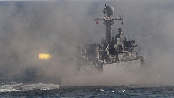 Jihokorejská vojenská lod' během cvičení - Sputnik Česká republika