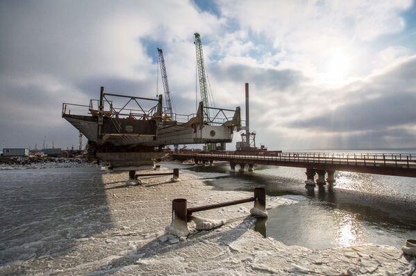 Stavba Krymského mostu: nejnovější záběry - Sputnik Česká republika
