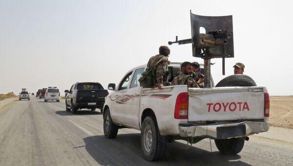 Syrští vojáci v okolí Dajr az-Zauru - Sputnik Česká republika
