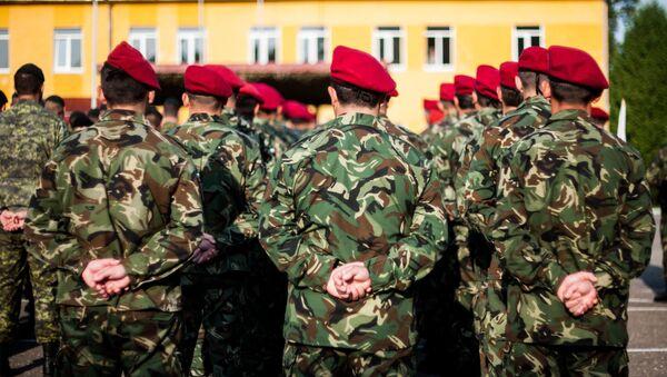 Молдавские военные принимают участия в совместных учениях Rapid Trident - 2014 на территории Львовской области, Украина - Sputnik Česká republika