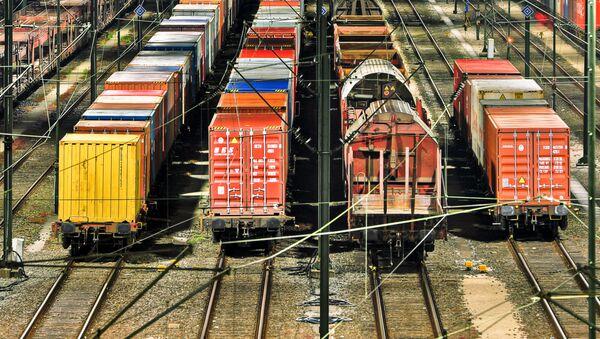 Přeprava kontejnerů po železnici - Sputnik Česká republika