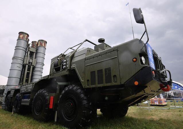 S-400 Truimf
