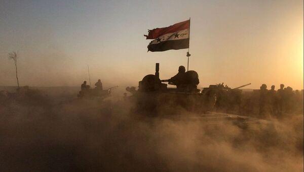 Syrské tanky v Dajr az-Zauru - Sputnik Česká republika
