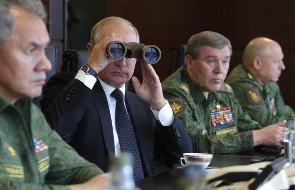 Rusko-běloruské cvičení Západ 2017 - Sputnik Česká republika