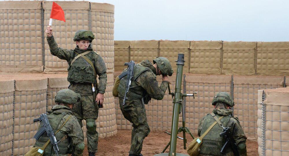 Cvičení ruských a běloruských vojáků