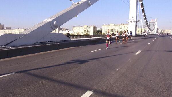 V Moskvě proběhl mezinárodní maratón - Sputnik Česká republika
