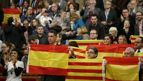 Vlajky Španělska a Katalánie - Sputnik Česká republika
