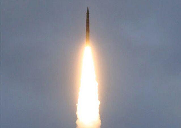 Raketa Topol