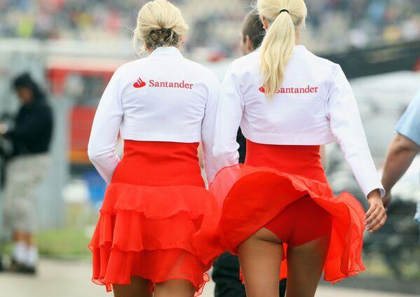 Královny závodů: nádherné grid girls, jež zdobí automobilové závody - Sputnik Česká republika