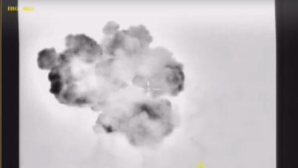 Ministerstvo obrany RF zveřejnilo video útoků na an-Nusru a IS - Sputnik Česká republika