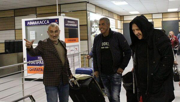 Krymští taxikáři uvítali hvězdu filmu Taxi Samy Naceri - Sputnik Česká republika