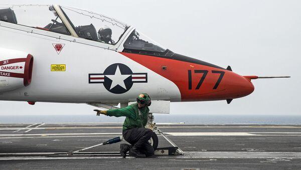 Výcvikový letoun amerického námořnictva T-45C Goshawk - Sputnik Česká republika