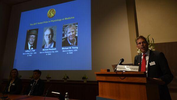 Лауреаты Нобелевской премии 2017 по физиологии и медицине - Sputnik Česká republika
