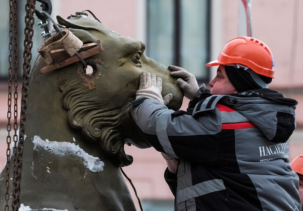Mystická místa a neobyčejné sochy Petrohradu