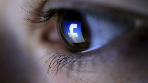 Sociální síť Facebook v dětském oku - Sputnik Česká republika
