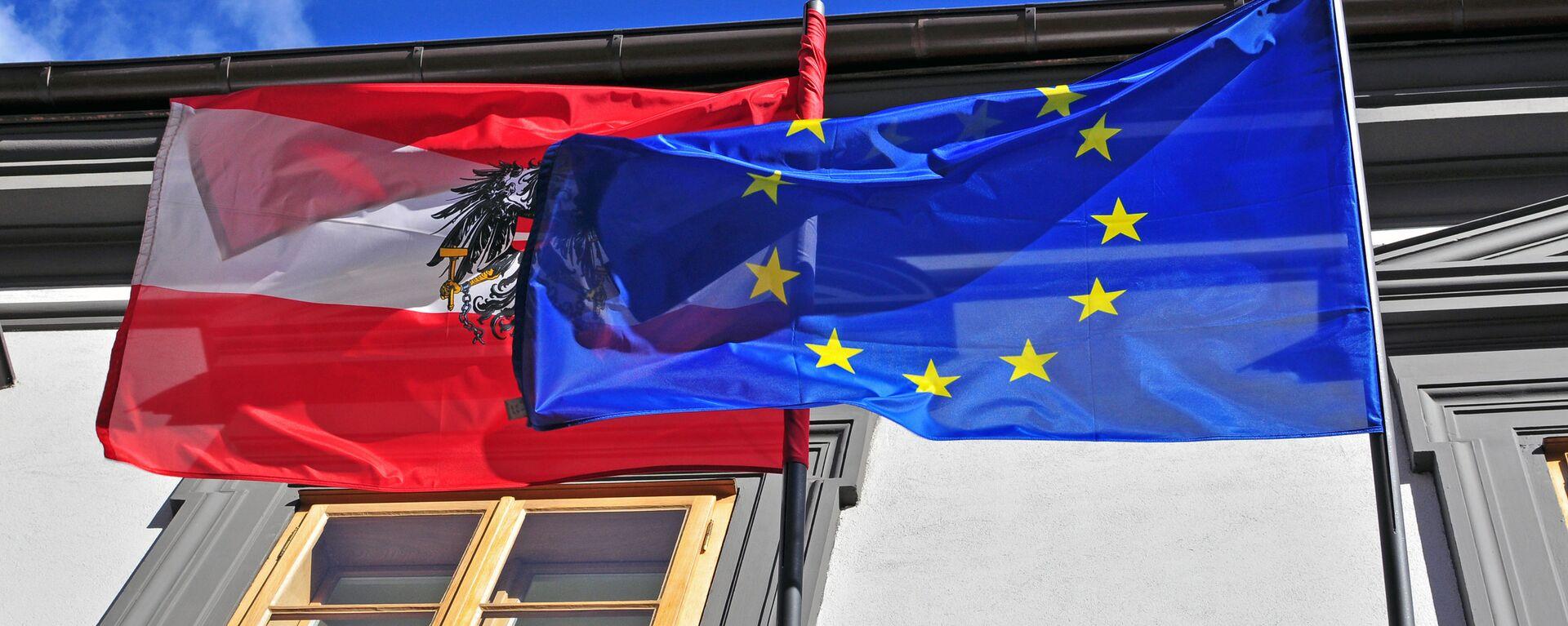 Vlajky Rakouska a EU - Sputnik Česká republika, 1920, 23.04.2021