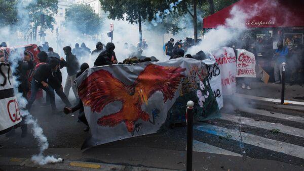 Protesty v Paříži. Ilustrační foto - Sputnik Česká republika