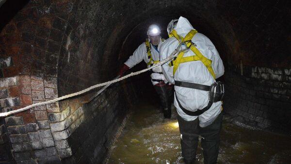 Рабочие в лондонской канализации - Sputnik Česká republika