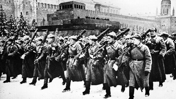 Přehlídka na Rudém náměstí 7. listopadu r. 1941 - Sputnik Česká republika