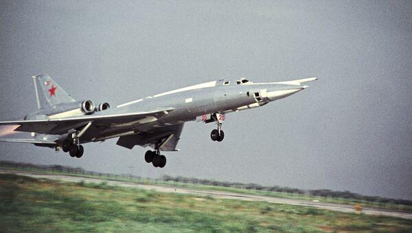 Strategický bombardér Tu-22 - Sputnik Česká republika