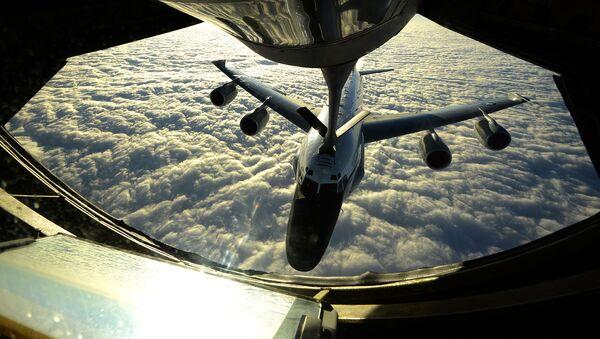 Letadlo RC-135W - Sputnik Česká republika