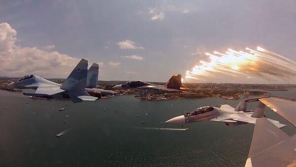 Ministerstvo obrany RF předvedlo stíhací letoun Su-30SM - Sputnik Česká republika
