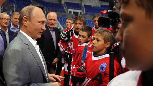 Vladimir Putin a Gordon Red Berenson - Sputnik Česká republika