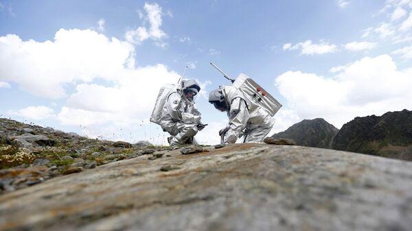 Участники имитации миссии на Марс в Австрии  - Sputnik Česká republika