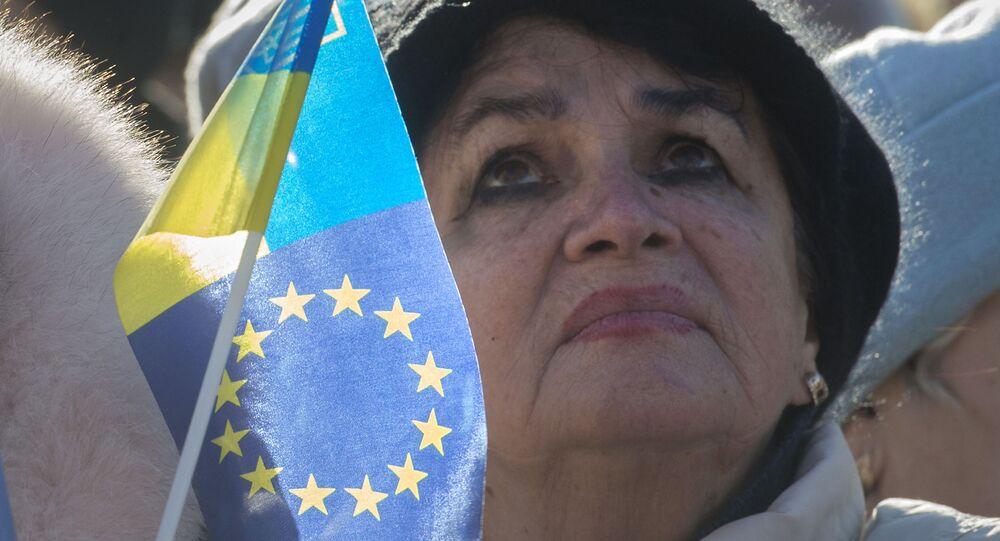Účastnice akce na podporu euro-integrace